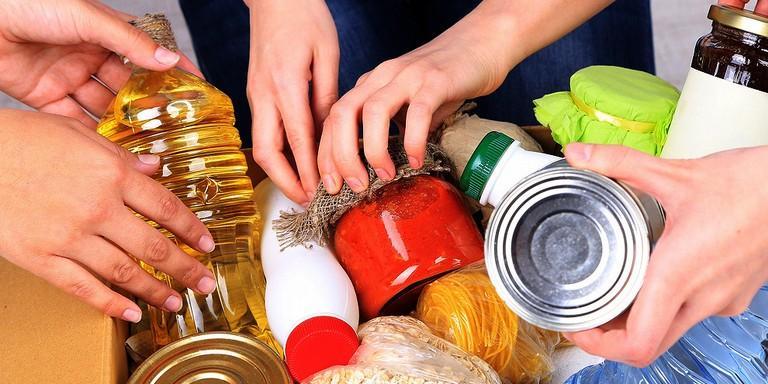 Avviso: bando per l'ammissione al beneficio del ''pacco alimentare''